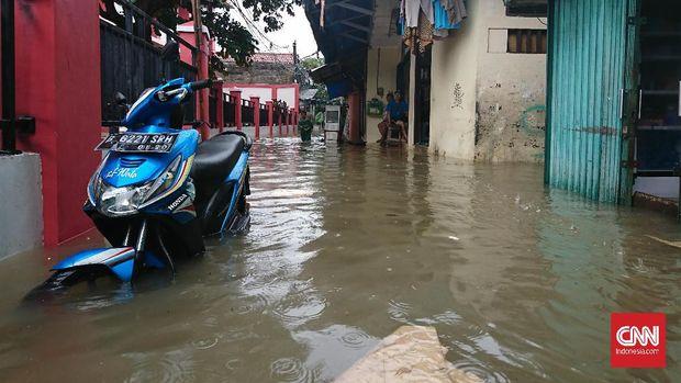 Banjir Jakarta Genangi Kemang hingga Pondok Gede