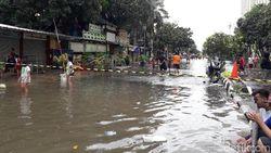 12 RW Sekitar Underpass Kemayoran Banjir, Warga: Ini Paling Parah