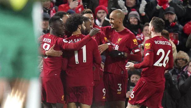 Liverpool meraih kemenangan tipis 3-2 atas West Ham.