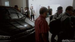 Kata Pegawai Kantor Pengacara di Surabaya soal Maksud Penggeledahan KPK