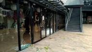 AEON Mall JGC Cakung Jadi Sasaran Amukan Massa