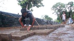 Kisah Aan, Bocah Kelas 5 SD di Sidrap yang Jadi Tulang Punggung Keluarga