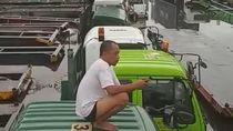 Banjir Jakarta: Truk Ekspedisi Terendam Hingga Berhenti Operasi, Rugi Miliaran