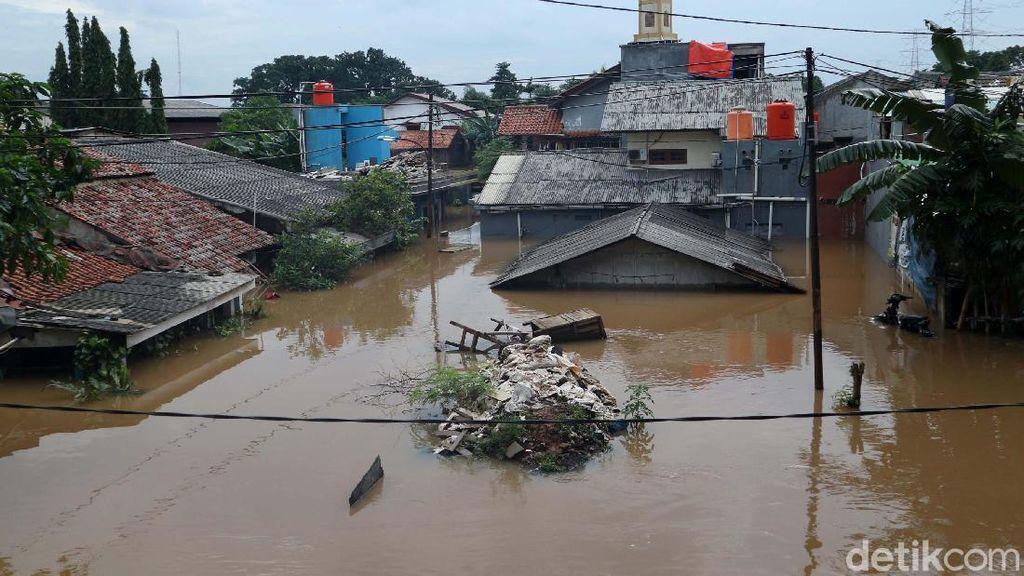 142 RW di Jakarta Masih Banjir, Paling Tinggi di Cawang 1,8 Meter