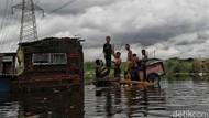 Pakar: Banjir Bisa Tingkatkan Penularan COVID-19 secara Tak Langsung