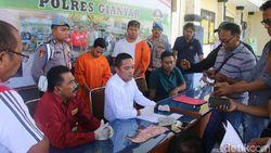Tipu Turis Argentina, Money Changer Nakal di Ubud Bali Disegel Polisi