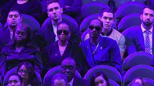 Sutradara Spike Lee Kenakan Tuksedo Kobe Bryant di Oscar 2020