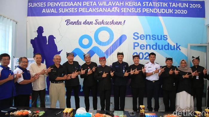 Bupati Anas Minta Camat dan ASN Sosialisasikan Sensus Penduduk 2020