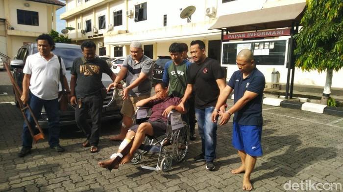 Komplotan pencuri lintas daerah spesialis ganjal mesin ATM dibekuk Polrestabes Semarang, Selasa (25/2/2020).