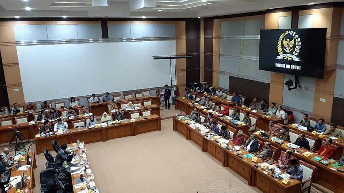 Komisi VIII rapat dengan Menag (Lisye Rahayu - detikcom)