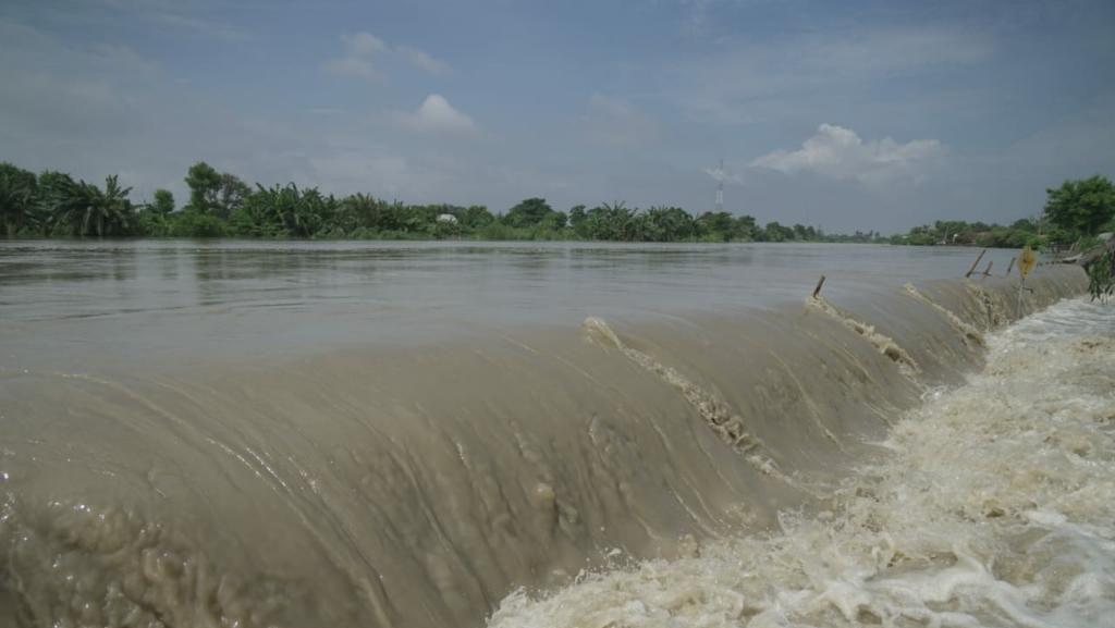 Tanggul di Anak Sungai Citarum Jebol, 1 Desa di Muara Gembong Terendam Banjir