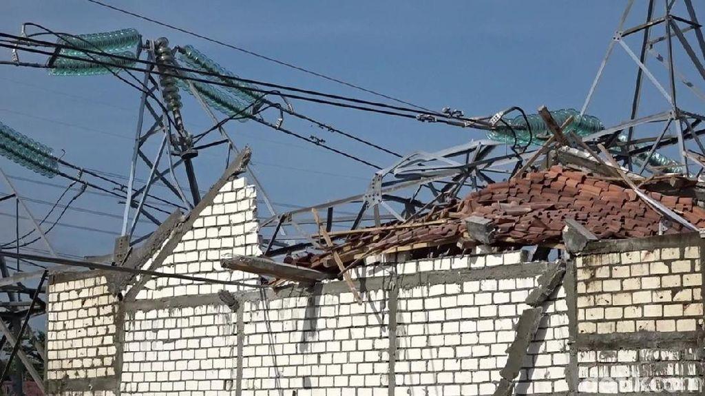 Tower PLN Roboh, Listrik di Rembang dan Blora Baru Normal Besok Malam