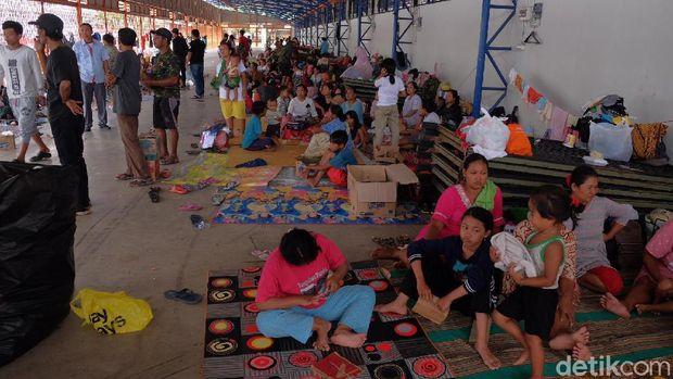 Tolong! Pengungsi Banjir di Karawang Butuh Makanan Bayi dan Popok