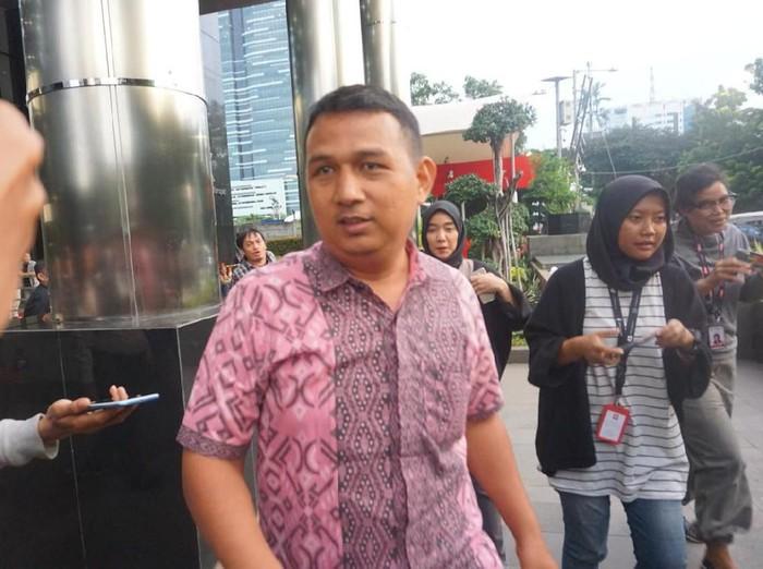 Nurhasan, satpam kantor Sekjen PDIP Hasto Kristiyanto, diperiksa KPK
