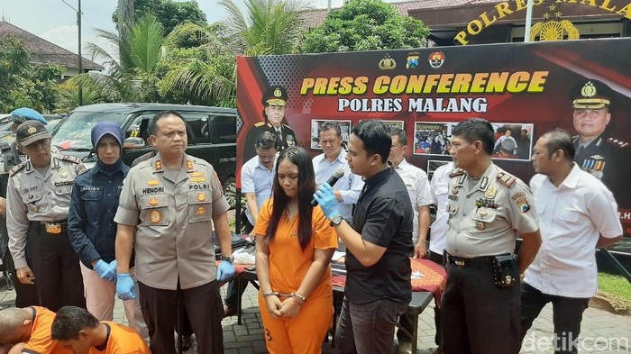 Modus baru curanmor terungkap di Kabupaten Malang. Pelaku menawarkan layanan seks gratis terhadap calon korbannya.