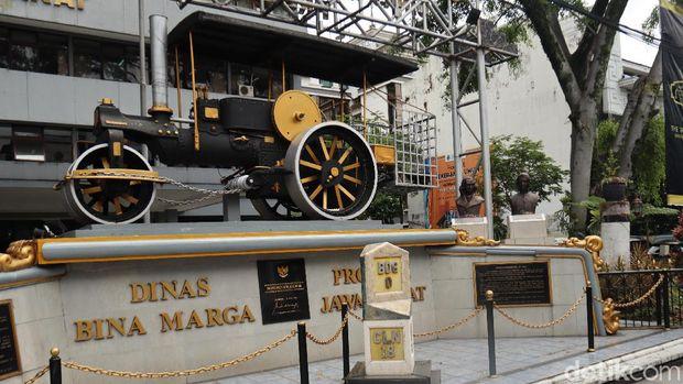 Tugu titik nol km Bandung