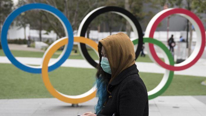 Virus corona masih jadi perhatian serius warga dunia. Jumlah korban tewas yang tembus angka 2 ribu orang secara global ancam penyelenggaraan Olimpiade di Tokyo.