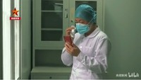 Viral Tangisan Pilu Perawat Pasien Corona yang Tak Melihat Ibunya Meninggal