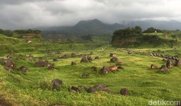 Meski tidak terdapat danau maupun telaga, warga setempat menyebutnya wisata alam Ranu Manduro Ngoro, Mojokerto.