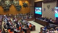 Anies-RK Disebut Tak Punya Hati Gegara Absen Rapat Banjir di DPR