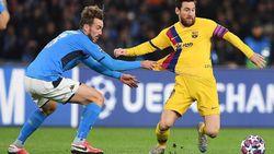 Napoli Vs Barcelona Tuntas 1-1, Vidal Dikartu Merah