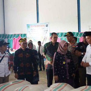 Terbitkan Resi Pertama, SRG Konawe Bantu Ketahanan Pangan Nasional
