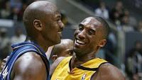 Michael Jordan Menangis Kenang Kobe, Ini Momen Bromance Kedekatan Mereka