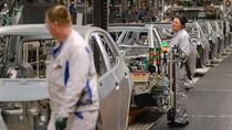 Penjualan Mobil Jerman Anjlok 40%, Terparah Sejak 1989