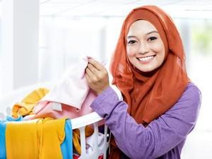 Mager Nyuci Baju? Ini Alasan Kenapa Kamu Harus Merawat Pakaian
