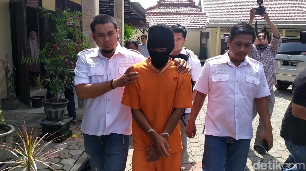 Pembunuh Bocah SD di Mojokerto Ternyata Kakak Adik Tetangga Korban