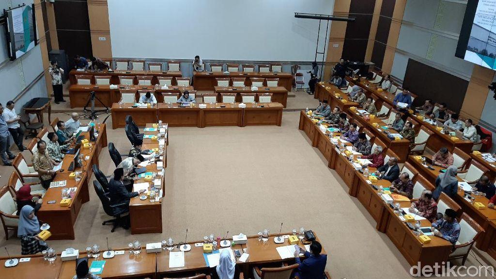 Komisi VIII Minta Menag Siapkan Antisipasi Virus Corona untuk Jemaah Haji