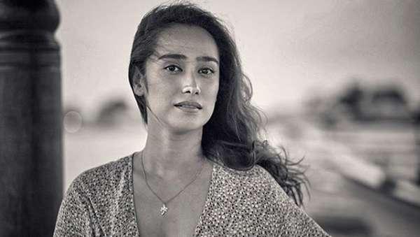 Terpikat Alexandra Gottardo, si Seksi yang Tak Pernah Cukur Bulu