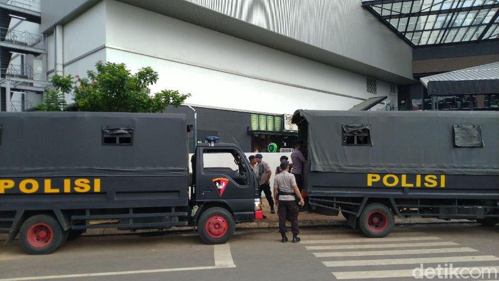 Tersangka Penyerangan AEON Mall Jakarta Garden City Jadi 8 Orang