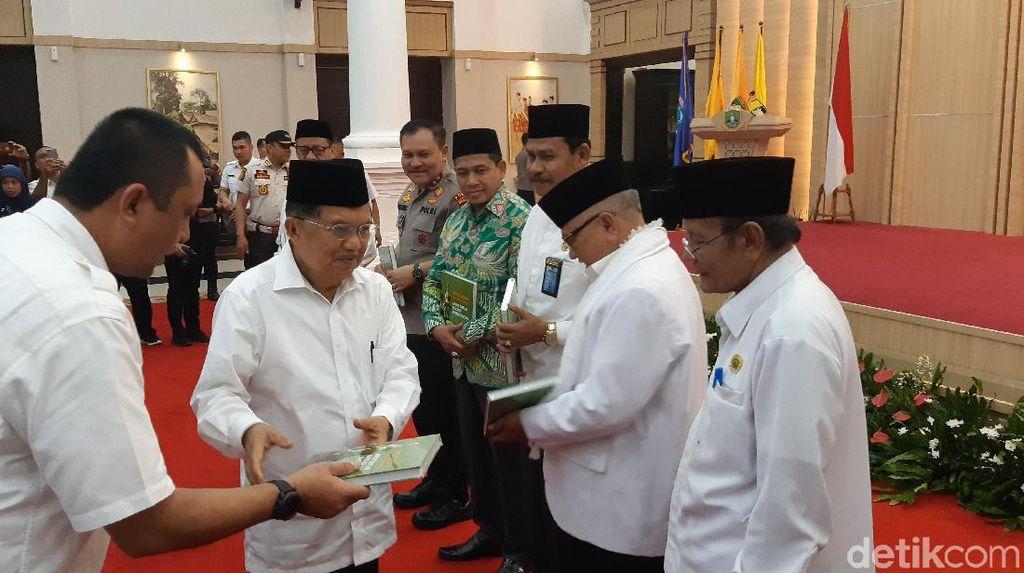 Lantik DMI Banten, Jusuf Kalla: Masjid Bukan Hanya Tempat Salat dan Dakwah