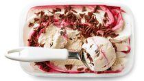 Ternyata Makan Es Krim Punya Manfaat Tersembunyi Lho!