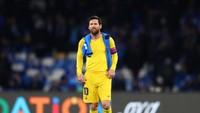Eits! Momen Messi Terpeleset Usai Digocek Ospina