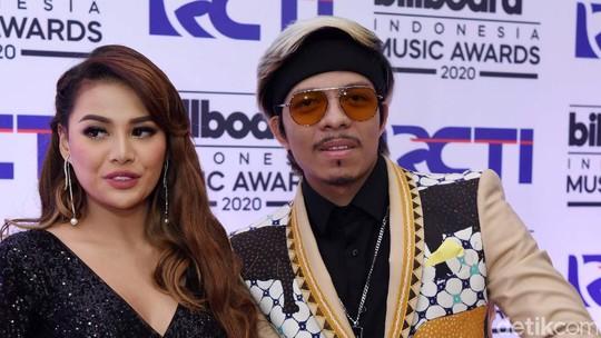 Aurel Hermansyah dan Atta Halilintar kok Nggak Semesra di YouTube?