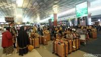 Arab Saudi Setop Penerbangan, Jemaah Gagal Umroh