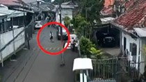 Video Ibu Hamil Terlindas Mobil di Palmerah