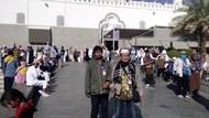 Saudi Setop Umrah, Begini Cerita Rombongan Jemaah Asal RI di Madinah