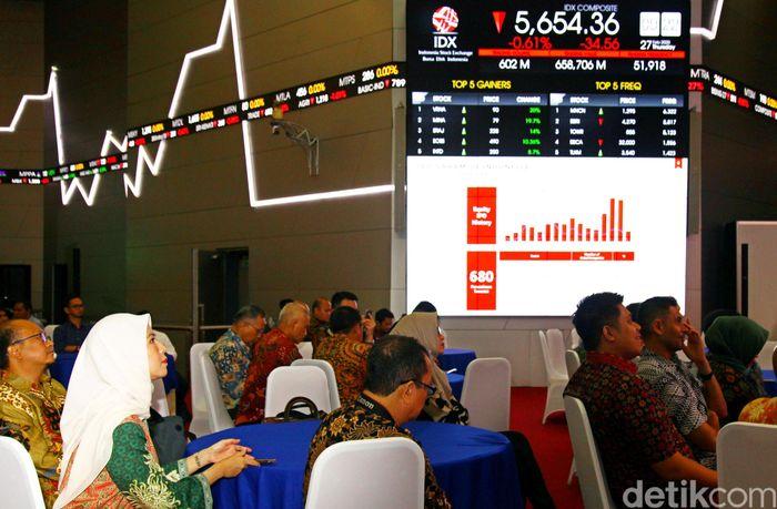 Direktur Pengembangan Bursa Efek Indonesia (BEI) Hasan Fawzi mengungkapkan perusahaan properti yang menggunakan dana dari perbankan untuk operasional pasti membutuhkan biaya yang lebih besar karena ada bunga.