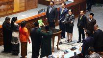 Momen Puan Lantik 3 Anggota PAW Pengganti Menkum HAM-Mensos-Menkominfo