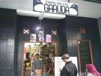 Taman Bacaan Kecintaan Generasi 90an di Cimahi
