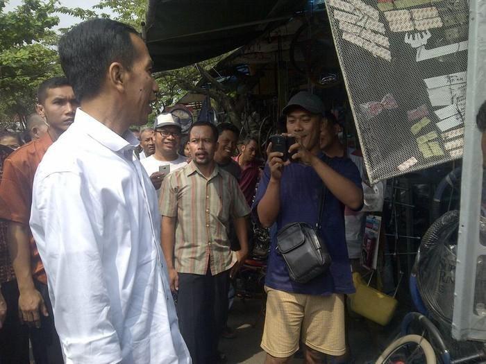 Jokowi di Pasar Notoraharjo