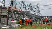 Tower SUTT Roboh Bikin Rembang-Blora Gelap 2 Hari, PLN Lakukan Ini
