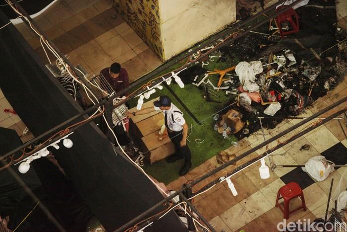 Kebakaran yang terjadi di grand hall Mall Thamrin City telah berhasil dipadamkan, Kamis (27/2/2020). Tidak ada korban jiwa dalam kejadian itu, hanya kerugian mencapai puluhan juta rupiah.