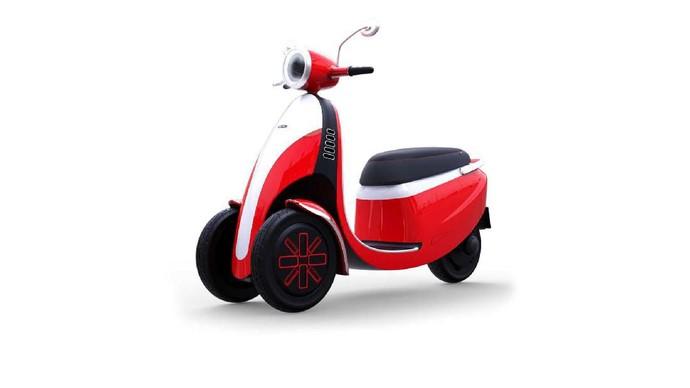 Microletta skuter listrik dan Microlino mobil listrik