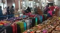Arab Saudi Setop Umrah, Jemaah Menumpuk di Soetta