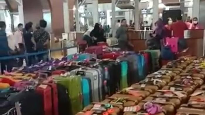 Calon Jemaah Umrah di Bandara Soetta