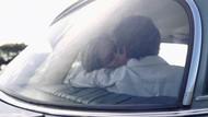 Ena-ena Dalam Mobil di Jalanan Ramai, Pasangan Ini Dibui